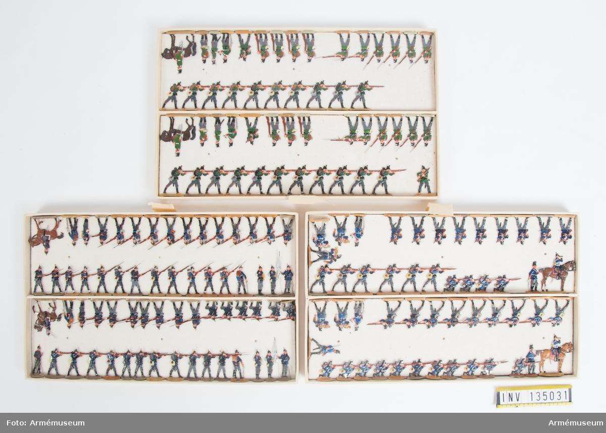 Infanteri från Tyskland från Fransk-tyska kriget. Tre lådor med figurer. Fabriksmålade.