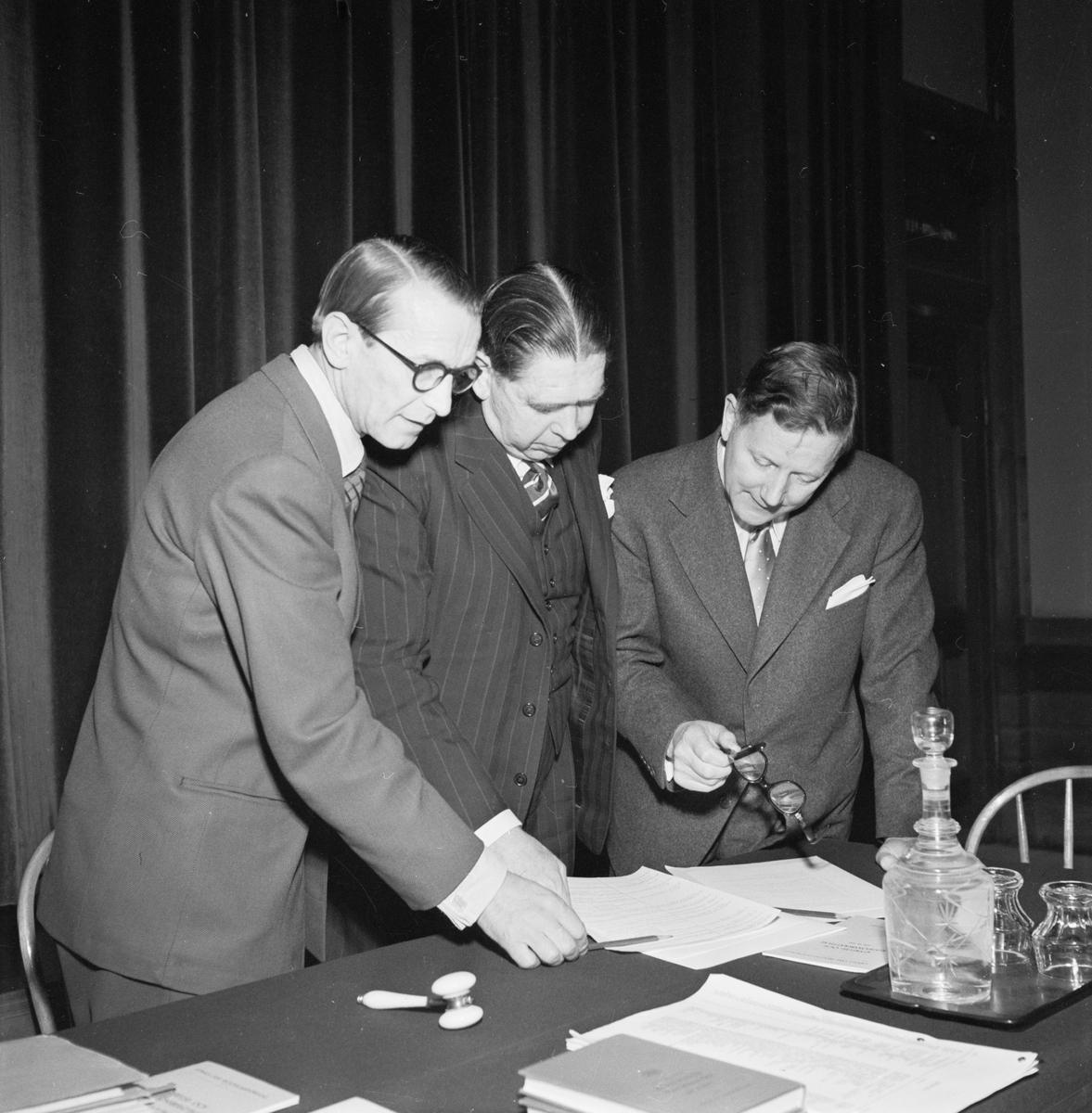 Skogsägarföreningen, möte på Slottsbiografen, Uppsala, april 1953