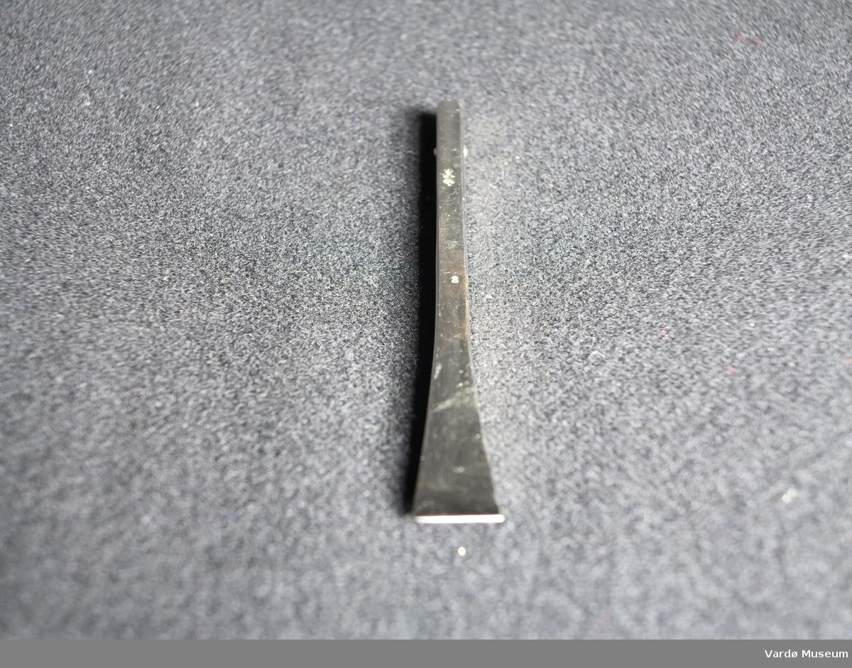 """Aesculap no.3 kirugiske """"gauge""""."""