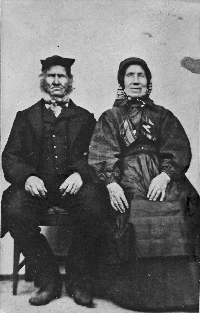 Morten Olsen og hustru Ragnhild Karlsdatter Kværnes.
