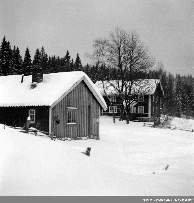 Nordmarka: Liggern, serveringssted som ligger på en høyde ved Øyungen. Februar 1953