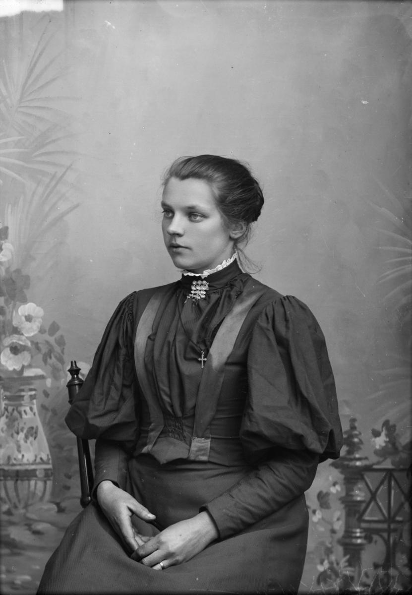 Portrett av Eline Skogen.