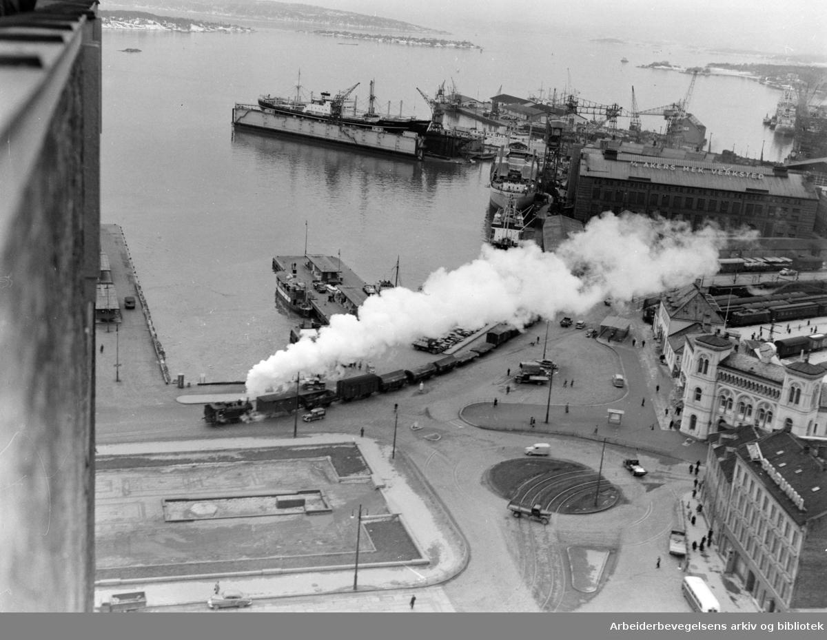 Havnebanen Oslo Ø. - Oslo V. Desember1952
