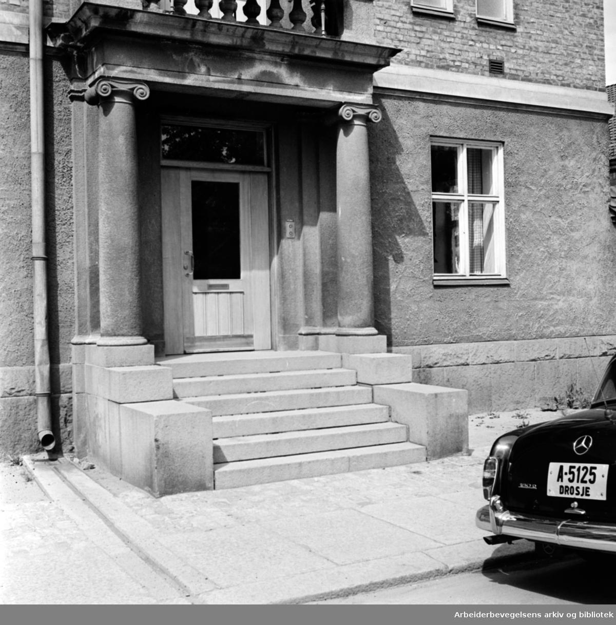 Heimdalsgata 14. Eksteriør. Juli 1961.