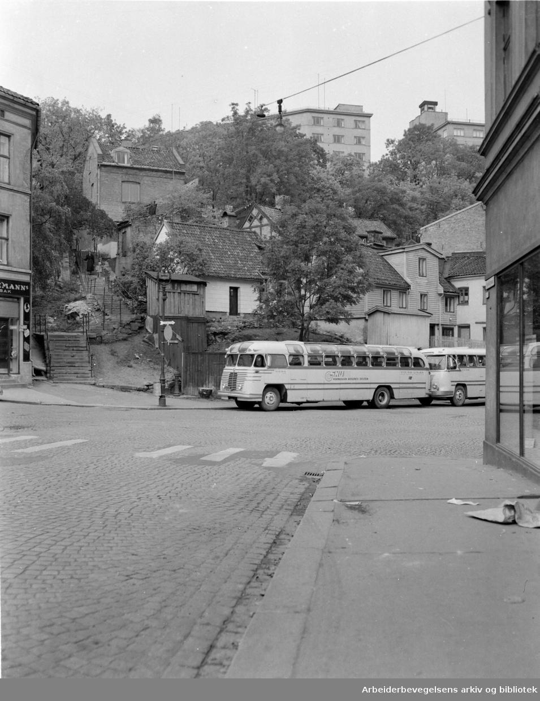 Akersborg ved Fredensborgveien. Oktober 1956