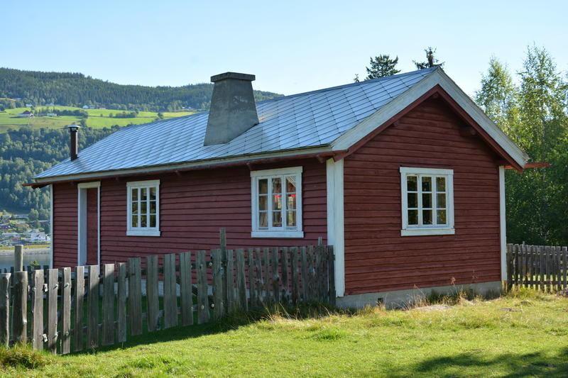 STØLEN: Museet har eit flott stølsområde på toppen av Storøya. Her står både stølshus frå 1700-talet og Tvengjistølen frå 1948.