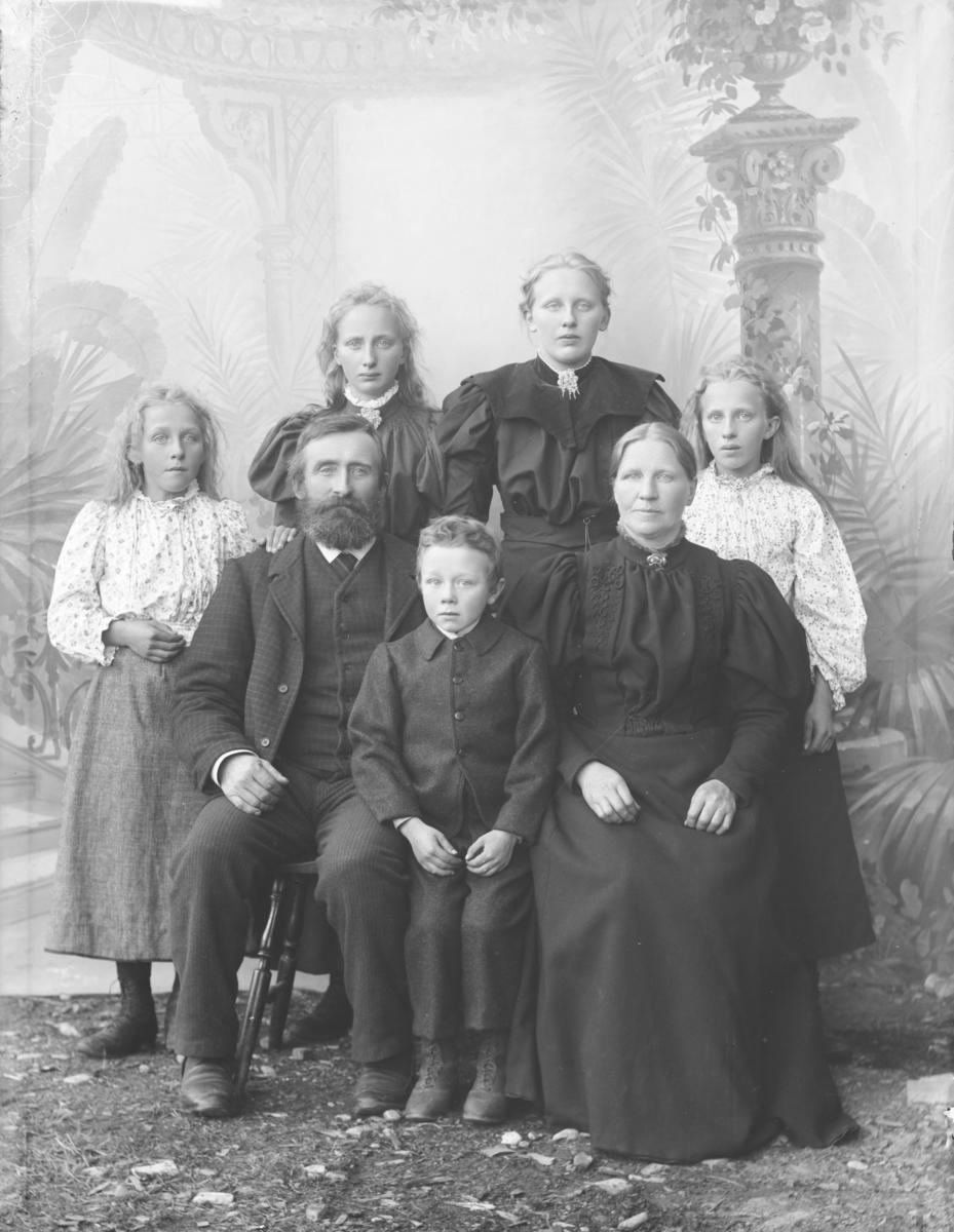 Jens Bøe med familie