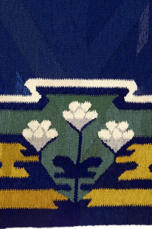 Detalj av gulvteppe NF.2012-0400. Gave fra Norsk Folkemuseums Venner i 2010.