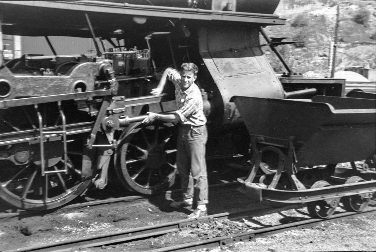 Damplokomotiv type 31a nr. 285 på Bergen stasjon.