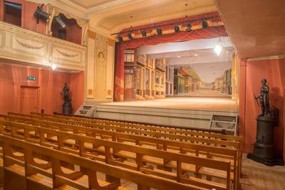 fredrikshalds-teater4-foto-lazienki-museum.jpg