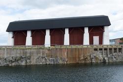 Miljö med byggnader på Marinbasen. Vasa skjul.
