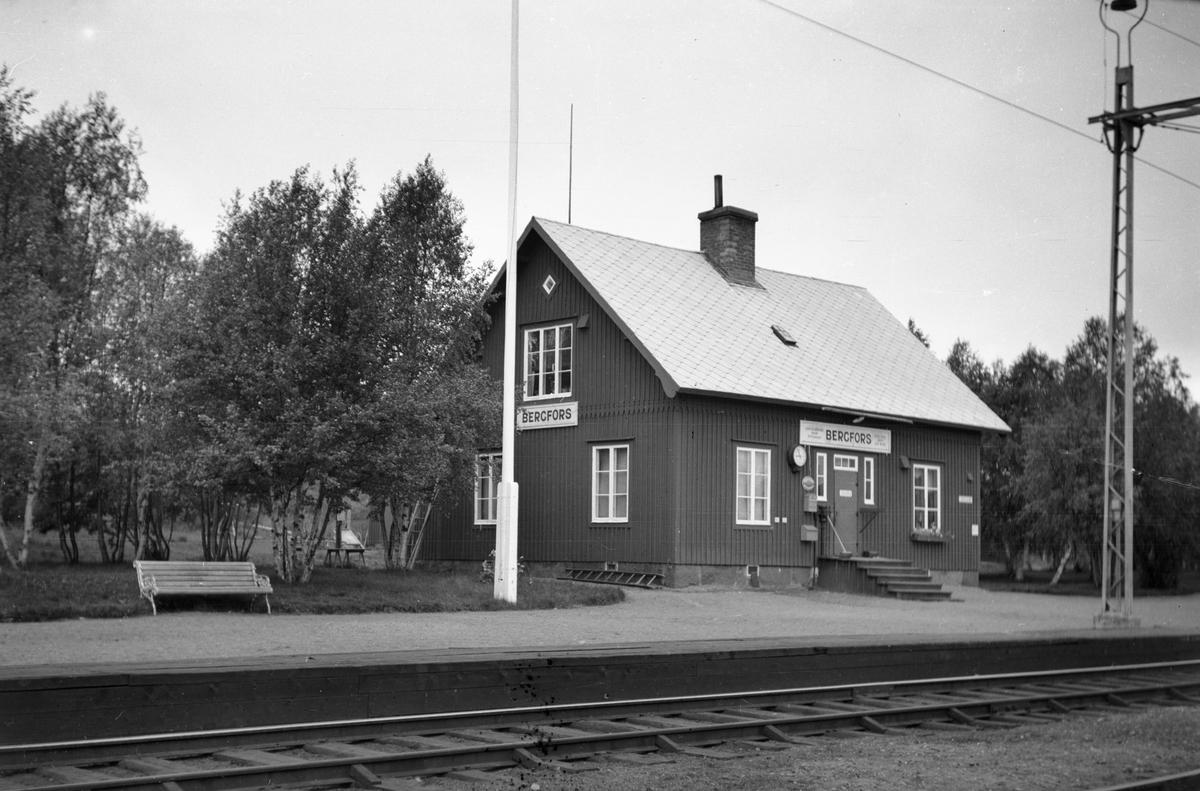Bergfors station.