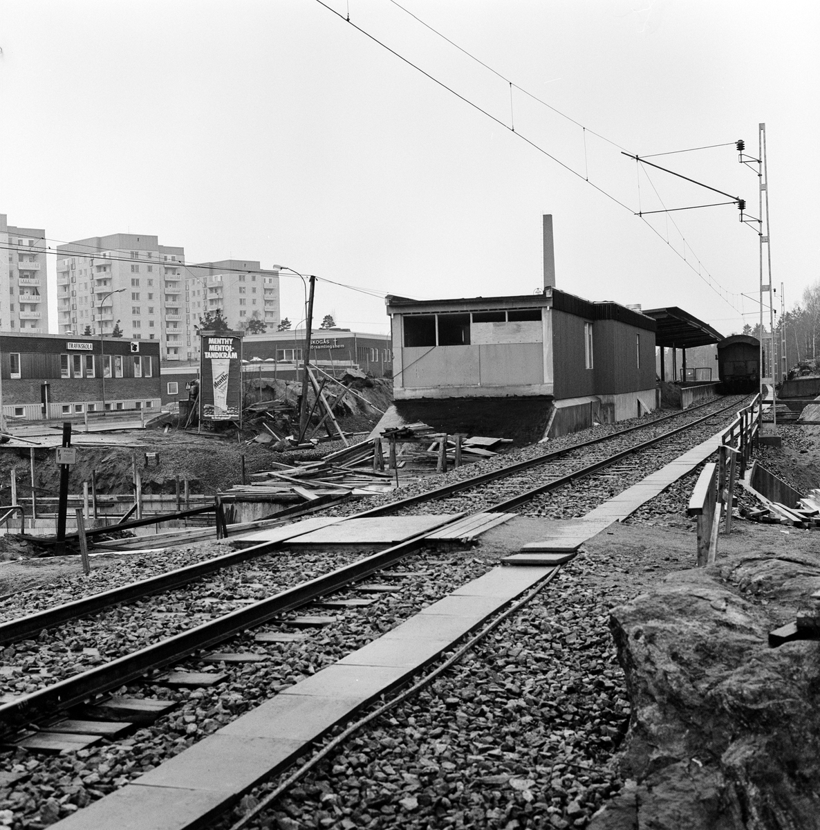 Ombyggnadsarbete inför kommande pendeltågstrafik, linjen Älvsjö - Västerhaninge.