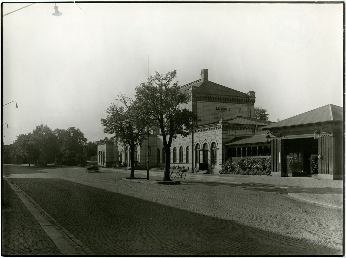 Lund C.
