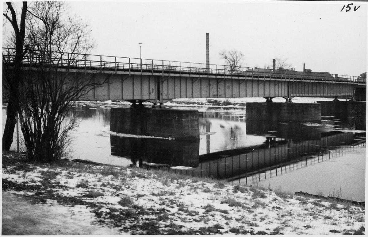Järnvägsbro vid Karlstad Östra station.