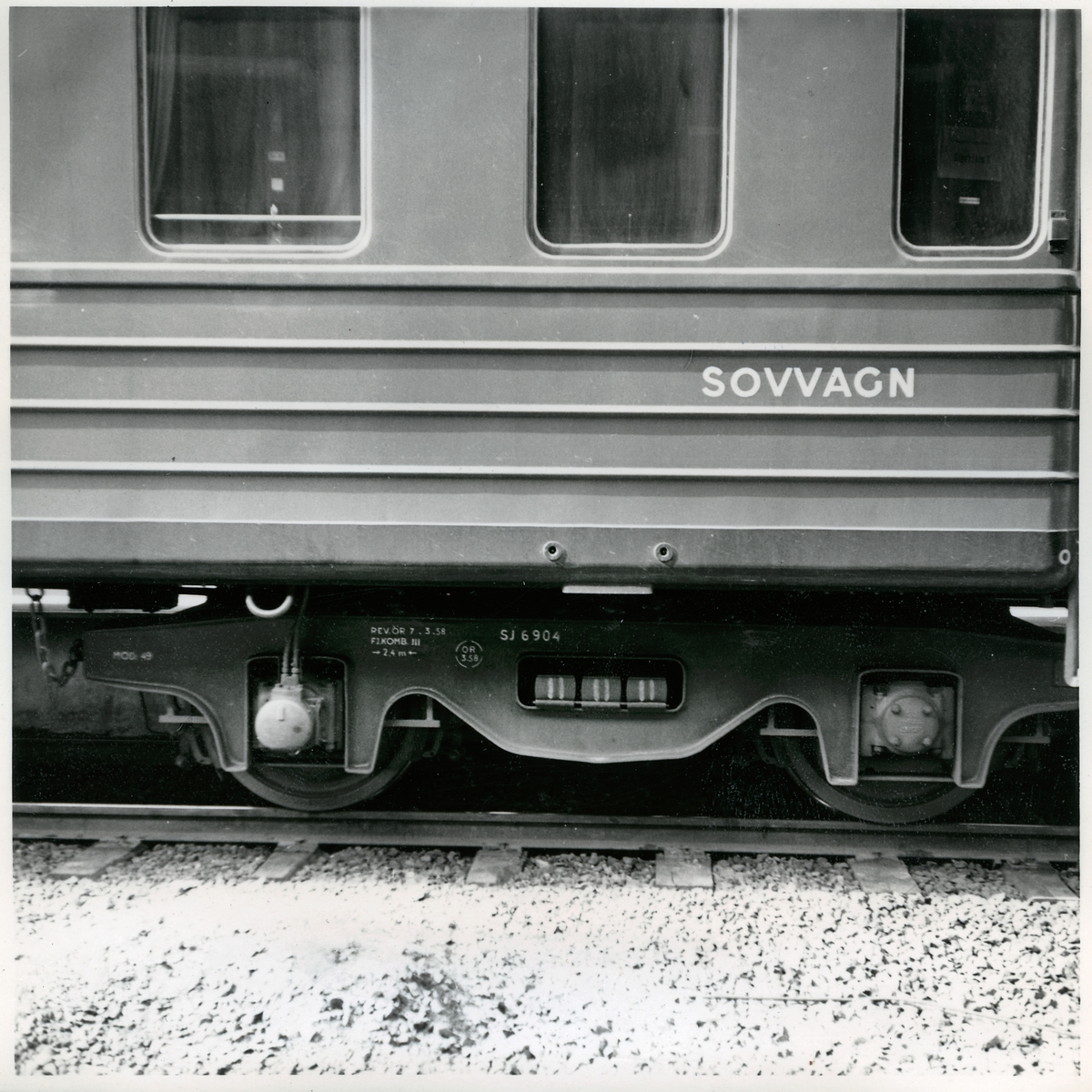 Detaljbild på boggi till en sovvagn. Statens Järnvägar, SJ boggi 6904.