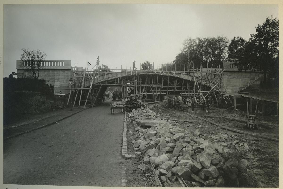 Vägporten för Lundavägen.