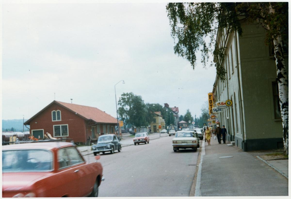 Bredvid Orsa station omkring år 1972.