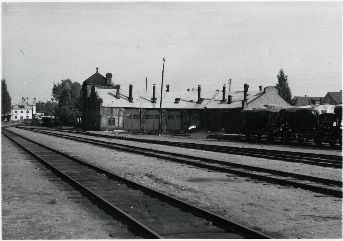 Orsa lokstall och station.