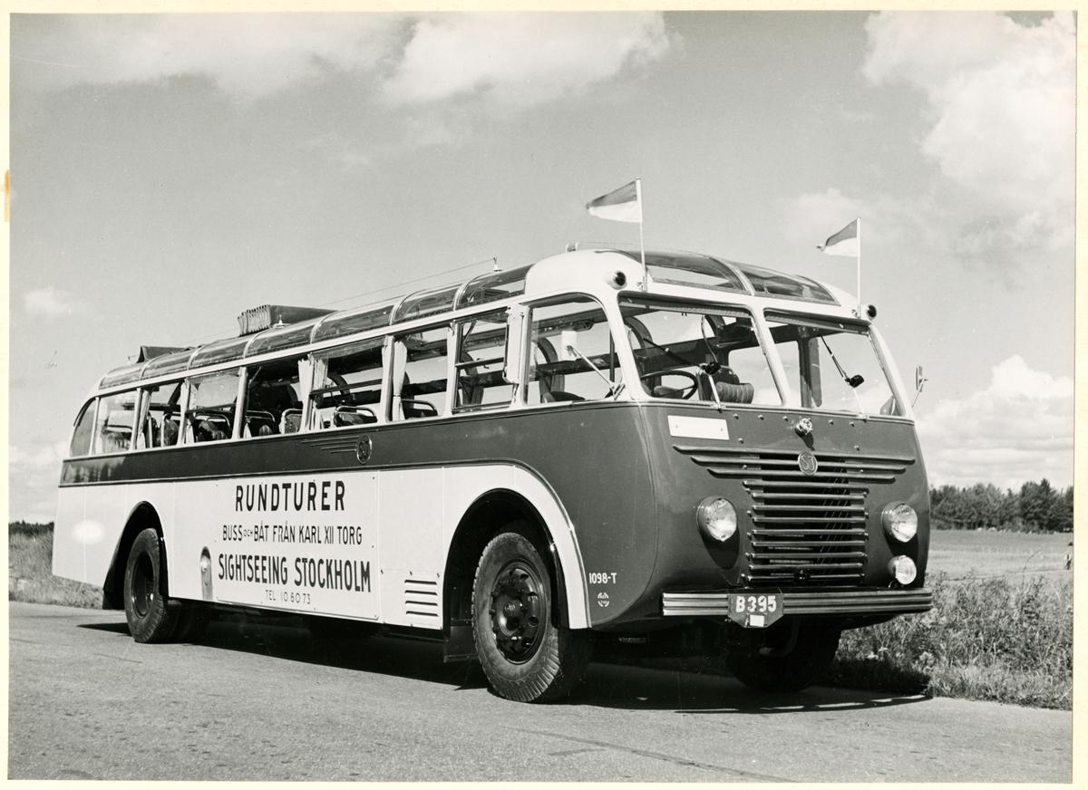 Statens Järnvägar, SJ Buss 1098-T. Buss för sightseeing i Stockholm.