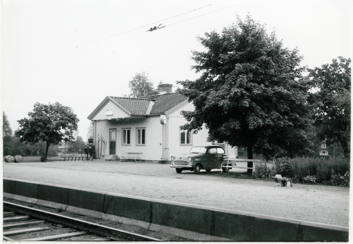 Via station.