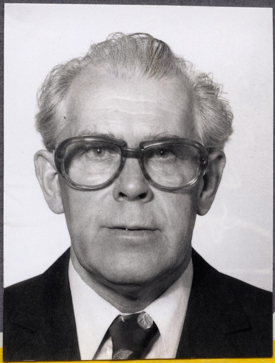 Reparatör Karl Erik Lenander.