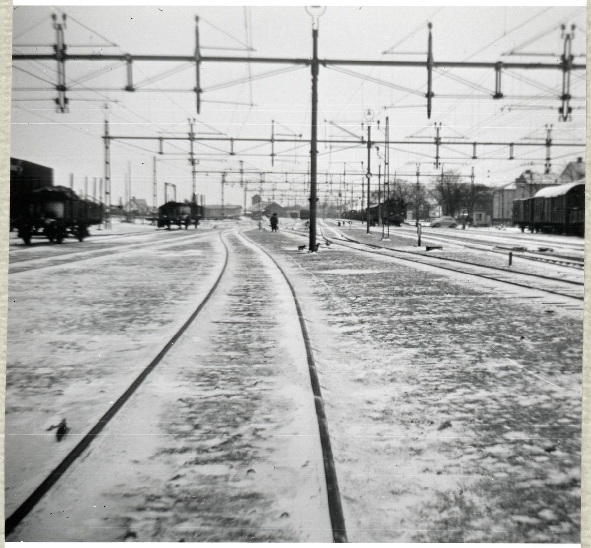 Bangården vid Klippans station. I riktning mot järnvägsövergången vid Bruksgatan.