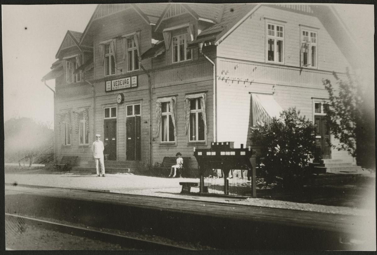 Vedevåg stationshus.