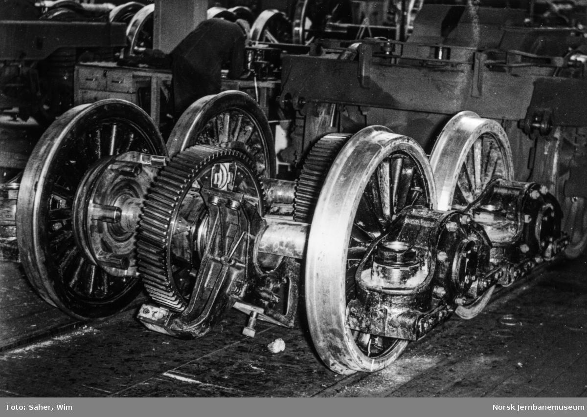 Nyreviderte drivhjul til elektrisk lokomotiv type El 11 på Grorud Verksted.