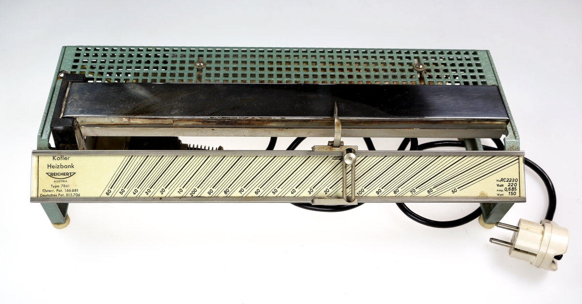 Apparat som går på strøm og som brukes til å fastslå smeltepunktet til ulike stoffer med