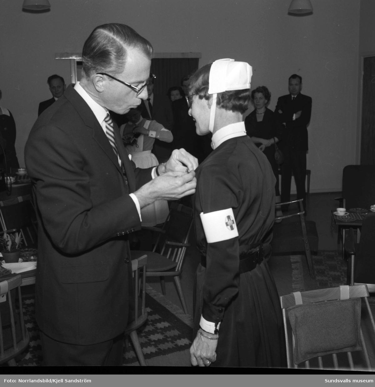 Medaljutdelning till fyra veteraner vid Sidsjöns sjukhus.