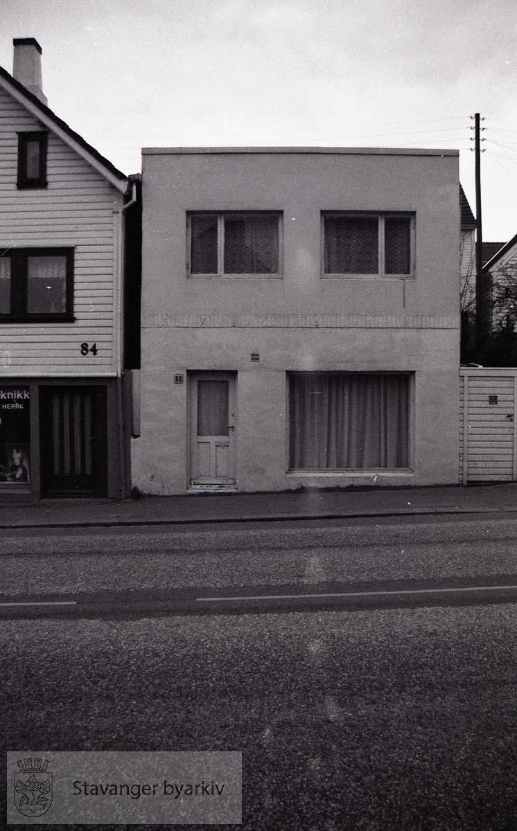 Løkkeveien 86-86