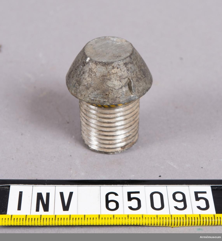 Grupp F II. Propp av bly till projektil med lätt nedslagsrör m/1893.