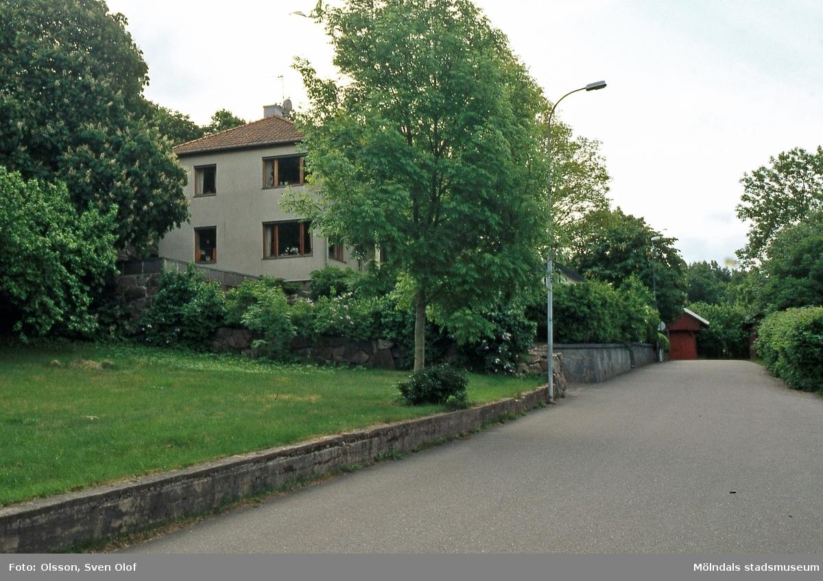 Våggatan 5 i Åby, Mölndal, i juni 2001. Huset tillhör 2005 Aisa Sandeblad. Hennes far Hilmer Johansson hade byggt det.