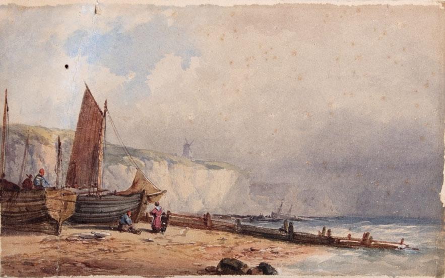 Akvarell som viser opptrukne fiskefartøyer med klippekyst i bakgrunnen. En vindmølle sees på klippen i bakgrunnen. Kan være kysten av Nord-Frankrike.
