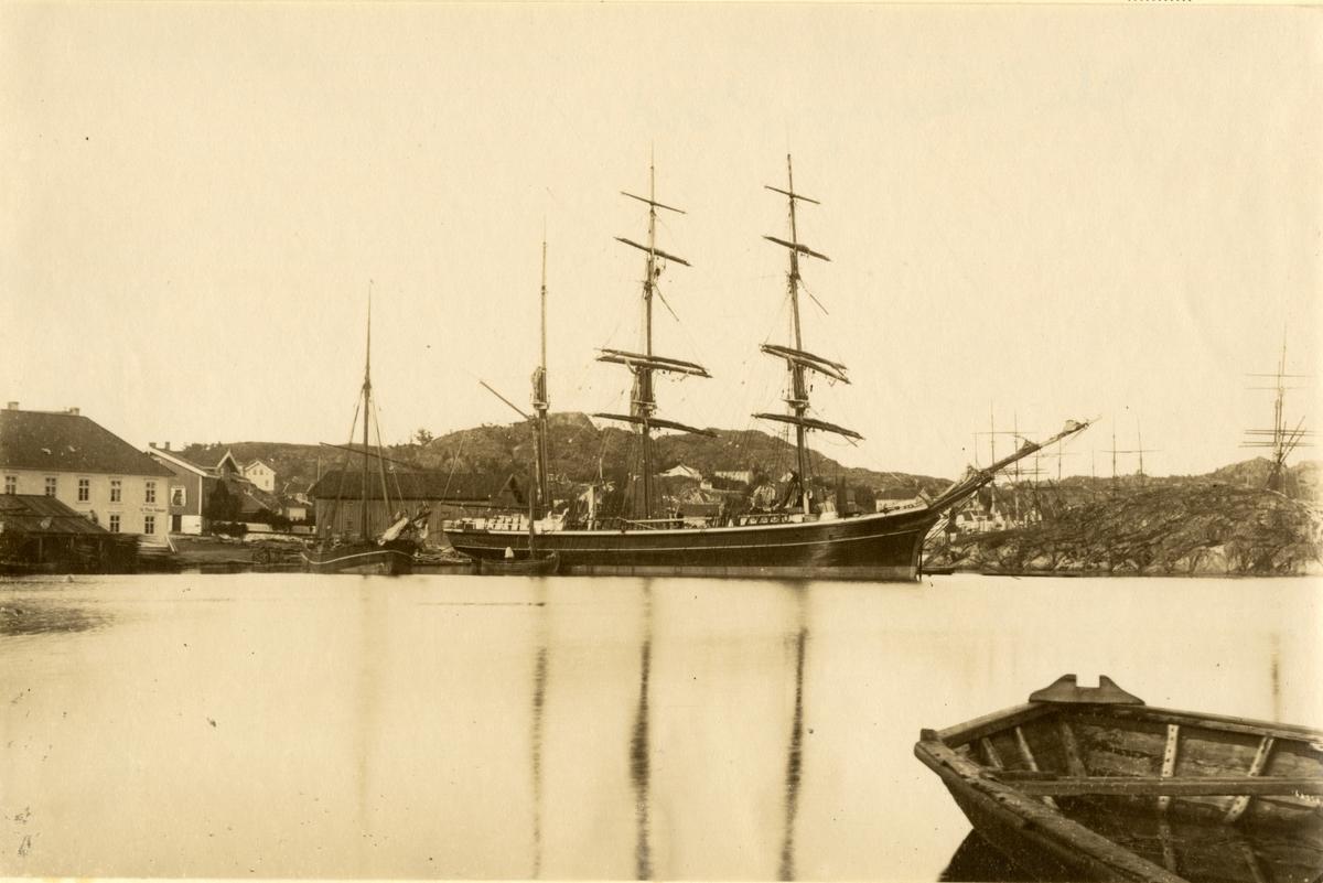Bark 'Ebenezer' (b.1874, J. Boe, Fevik, Grimstad, Norge)