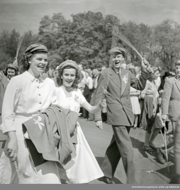 17. Mai 1947. Russetoget. Drammensveien. (Nå Henrik Ibsens gate).