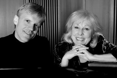 Lise Fjeldstad og Håvard Gimse, svart-hvitt