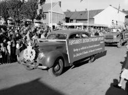 Hamardagen 1946. Opptog, personbil, Ford V8 1939 standard pe