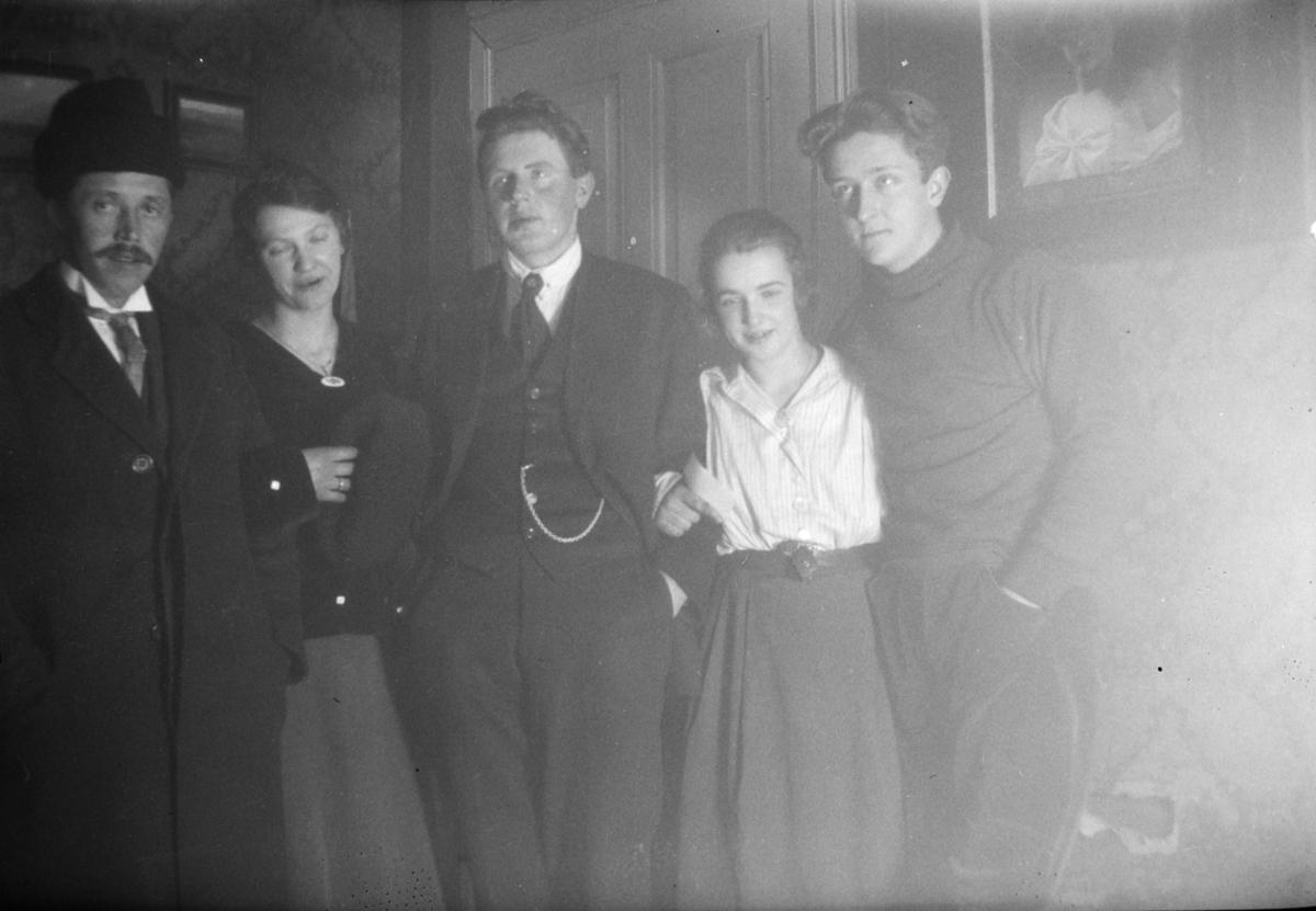 Gruppebilde. Karl Olav Moe til høyre.