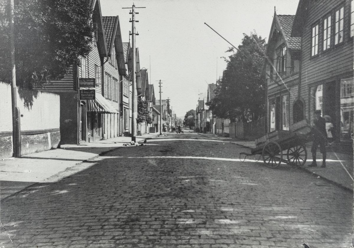 Haraldsgata sett mot syd, ca. 1919.