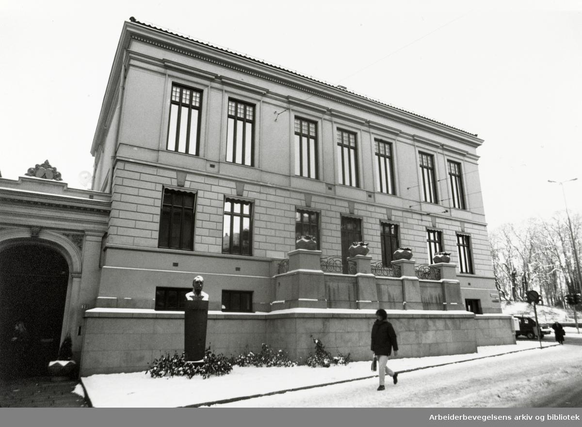 Nobelinstituttet. Drammensveien 19. November 1990