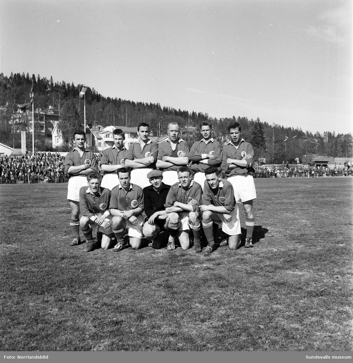 Lagbild av GIF Sundsvalls fotbollslag 1959.