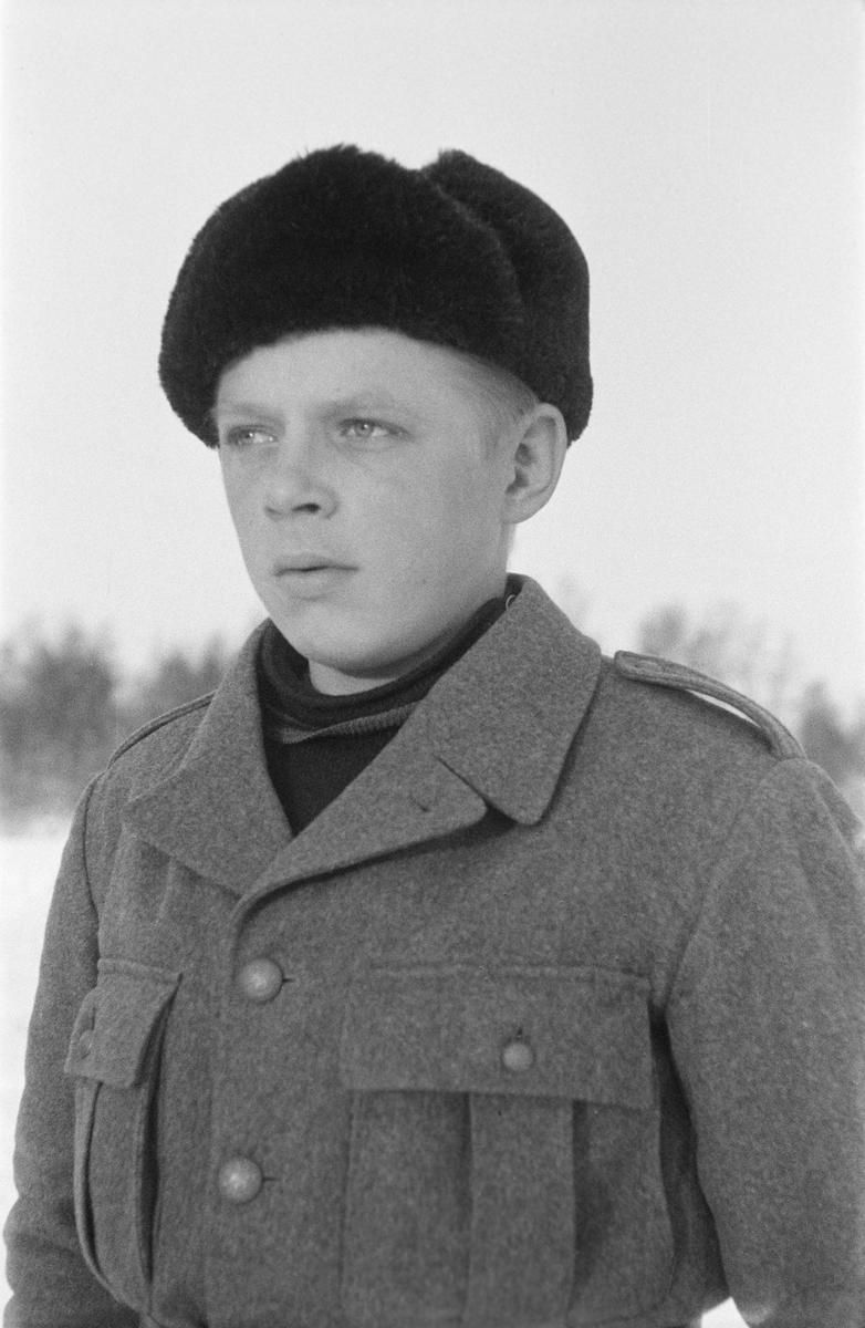 Porträttfoto av Annas Mäkihannen, finsk frivillig under finska vinterkriget. Bild från F 19, Svenska frivilligkåren i Finland, 1940.