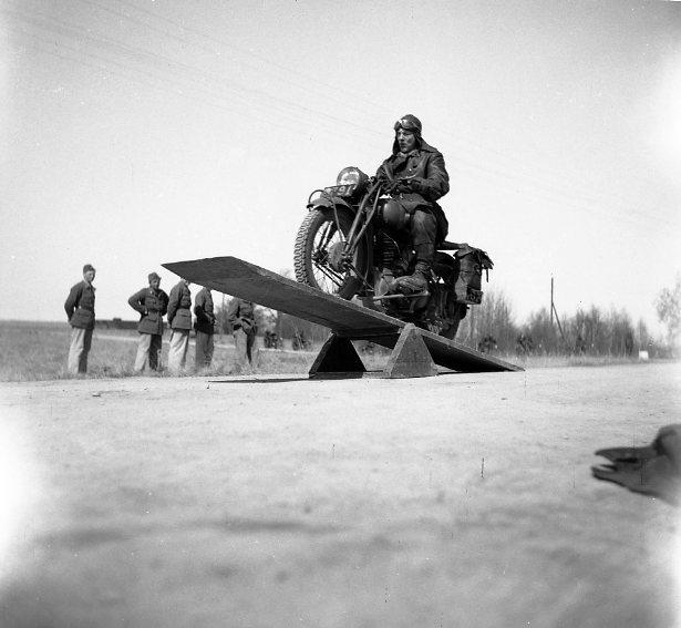 Motorcykelutbildning, A 6. Frivilliga Motorcykelklubben (FMCK).