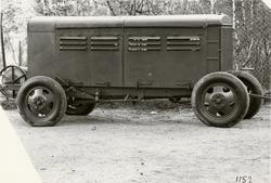 Maskinvagn 23 kW, med Fordchassi. Tillverkad av Svenska Inst