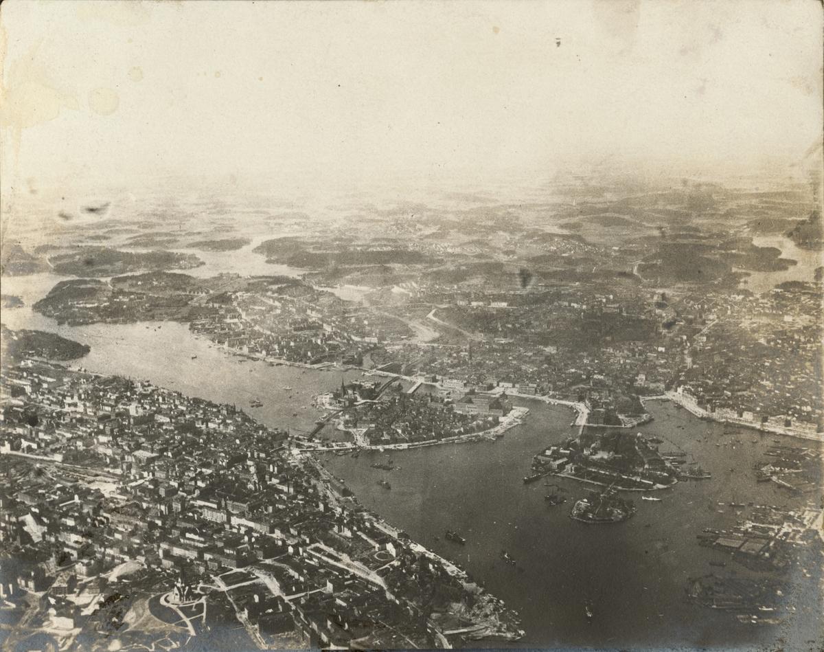 Flygfoto över Stockholm taget från luftballong.