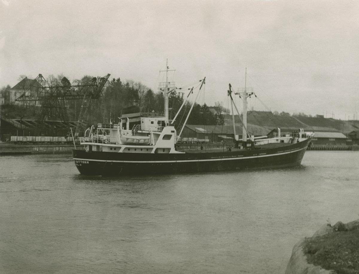 M/S 'Kong Guttorm' (b.1958)(Cantiere Navale Pellegrino, Napoli, Italia)
