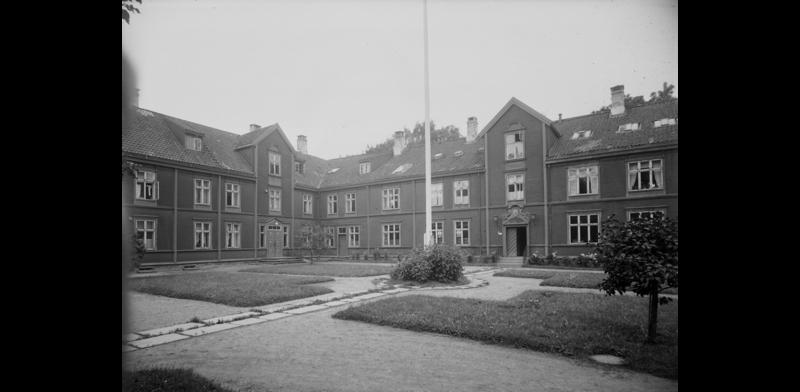 Waisenhuset 1945 (Foto/Photo)