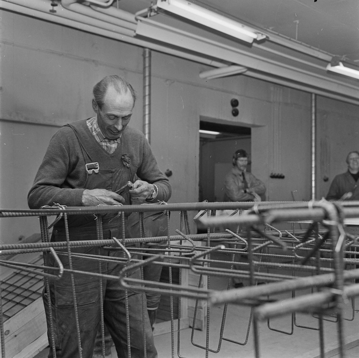 Kurs för arbetslösa i Tierp, Uppland, april 1972